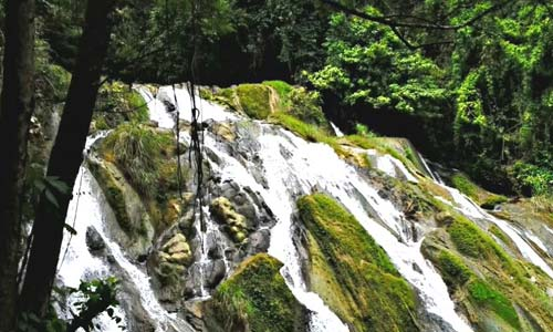 Pulacan Waterfall